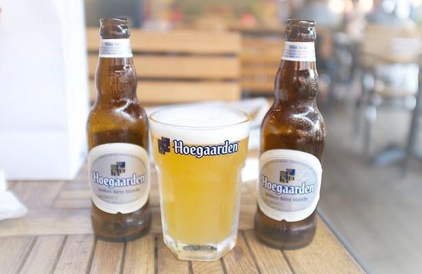 Cerveza de trigo blanca Hoegaarden conoce su historia - Post Birra365